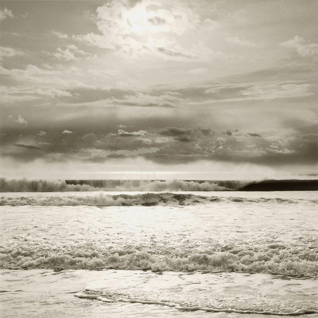 Seascape wave photograph